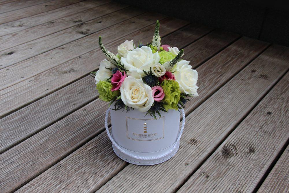 Įvairių gėlių dėžutė #4