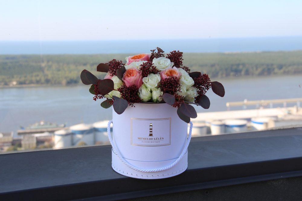 Įvairių gėlių dėžutė #9